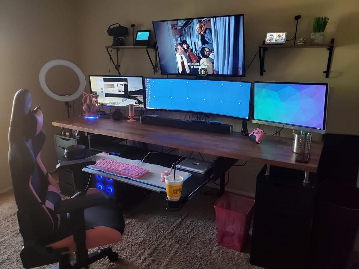 Show_Your_PC_Desk_UltlaWideMonitor52_100.jpg