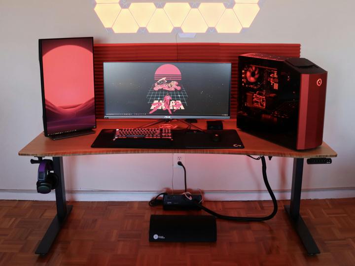 Show_Your_PC_Desk_UltlaWideMonitor52_28.jpg