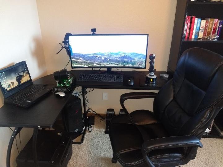 Show_Your_PC_Desk_UltlaWideMonitor52_33.jpg