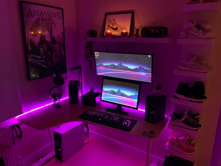Show_Your_PC_Desk_UltlaWideMonitor52_67.jpg