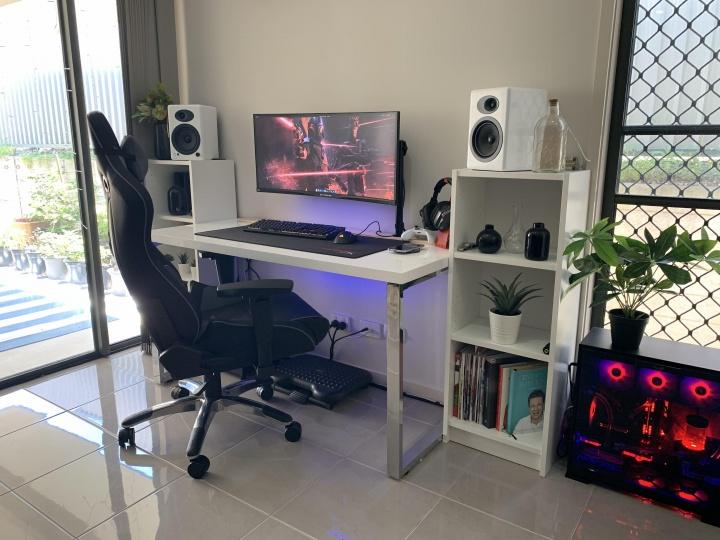 Show_Your_PC_Desk_UltlaWideMonitor52_69.jpg
