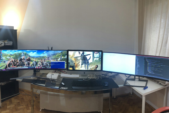 Show_Your_PC_Desk_UltlaWideMonitor52_77.jpg