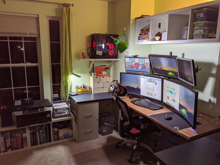 Show_Your_PC_Desk_UltlaWideMonitor52_79.jpg
