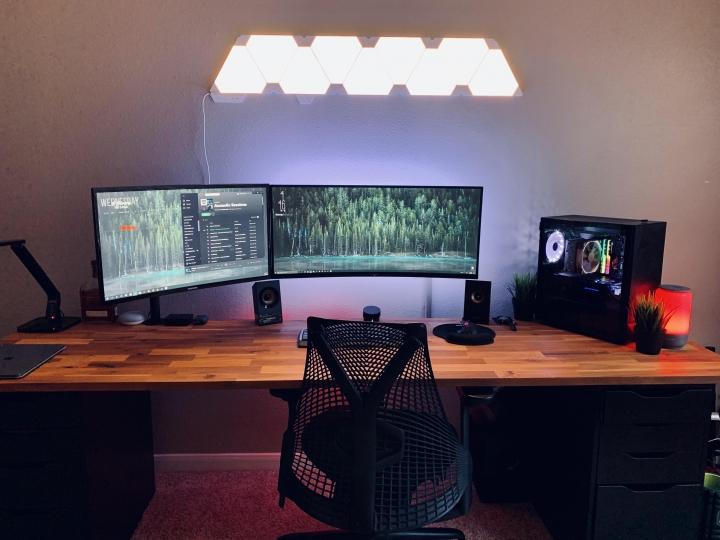 Show_Your_PC_Desk_UltlaWideMonitor_Part55_10.jpg