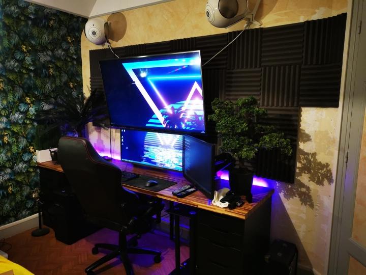 Show_Your_PC_Desk_UltlaWideMonitor_Part55_12.jpg