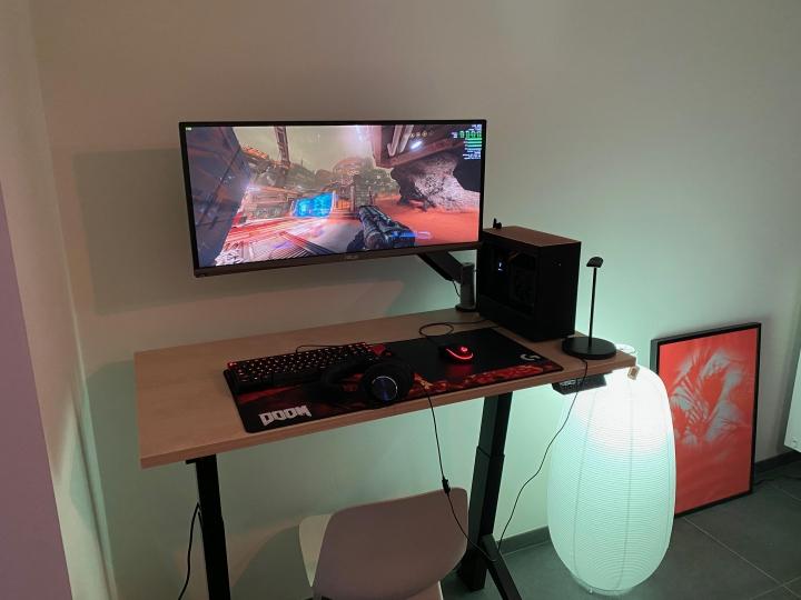 Show_Your_PC_Desk_UltlaWideMonitor_Part55_19.jpg