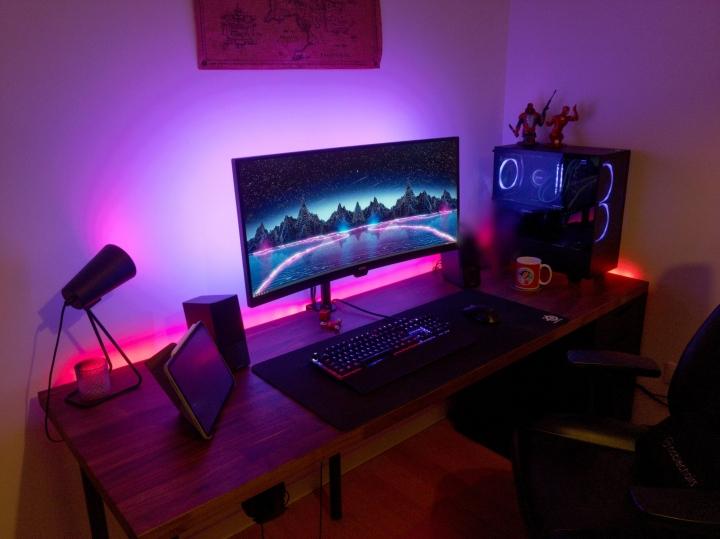 Show_Your_PC_Desk_UltlaWideMonitor_Part55_29.jpg
