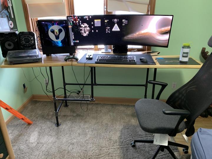 Show_Your_PC_Desk_UltlaWideMonitor_Part55_37.jpg