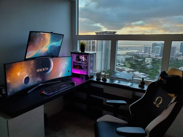 Show_Your_PC_Desk_UltlaWideMonitor_Part55_48.jpg