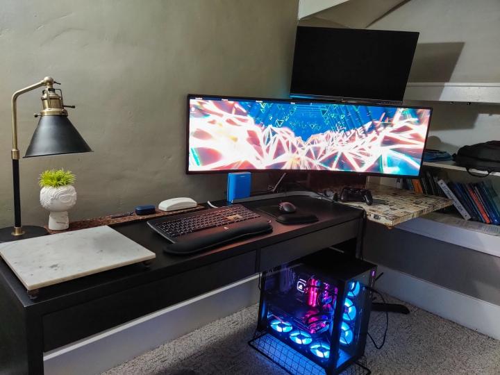 Show_Your_PC_Desk_UltlaWideMonitor_Part55_79.jpg