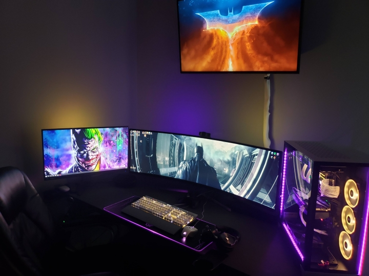 Show_Your_PC_Desk_UltlaWideMonitor_Part56_27.jpg