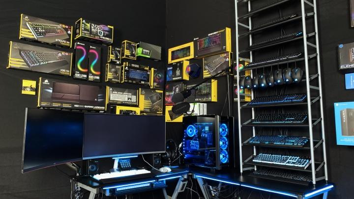 Show_Your_PC_Desk_UltlaWideMonitor_Part56_39.jpg