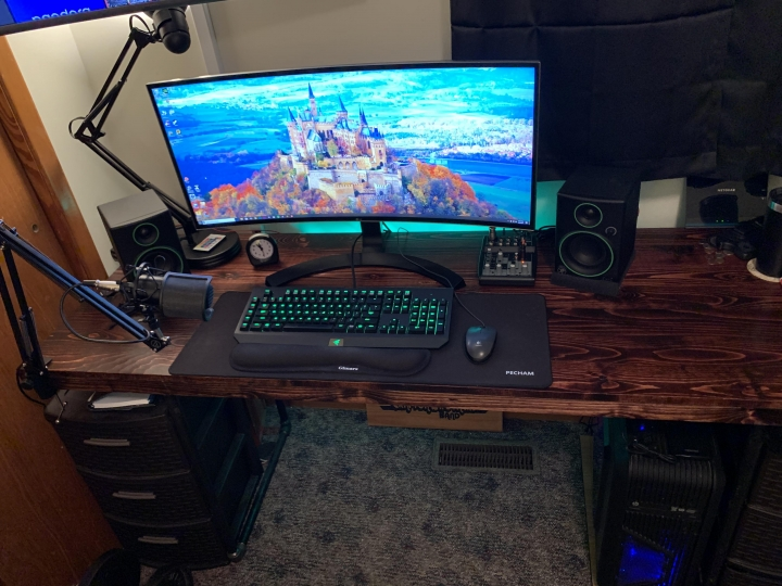 Show_Your_PC_Desk_UltlaWideMonitor_Part56_43.jpg