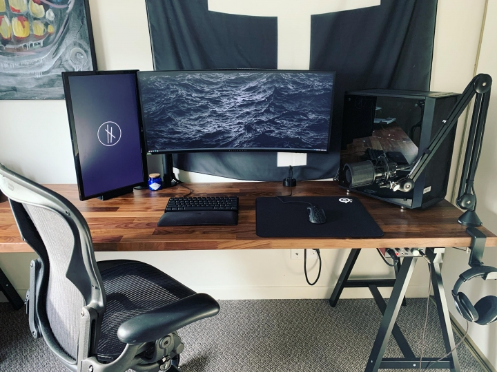 Show_Your_PC_Desk_UltlaWideMonitor_Part56_56.jpg