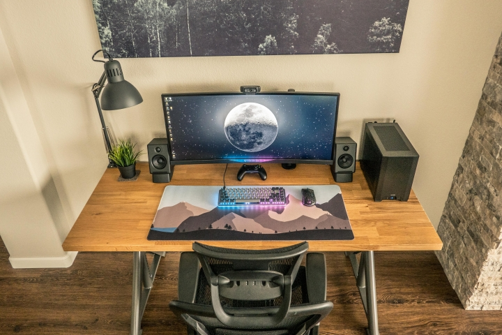 Show_Your_PC_Desk_UltlaWideMonitor_Part56_67.jpg