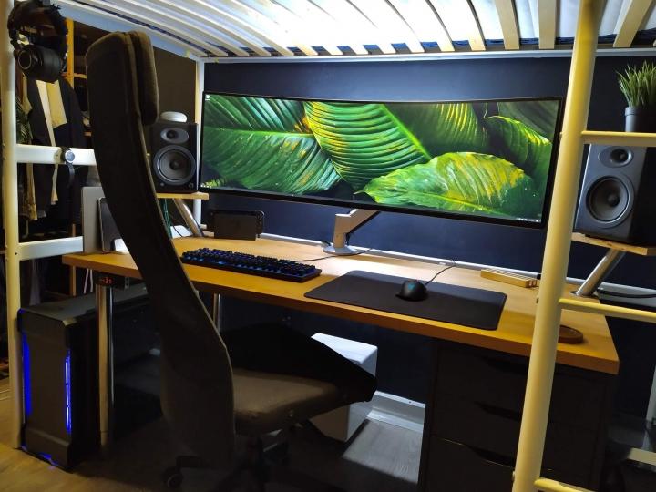 Show_Your_PC_Desk_UltlaWideMonitor_Part56_78.jpg