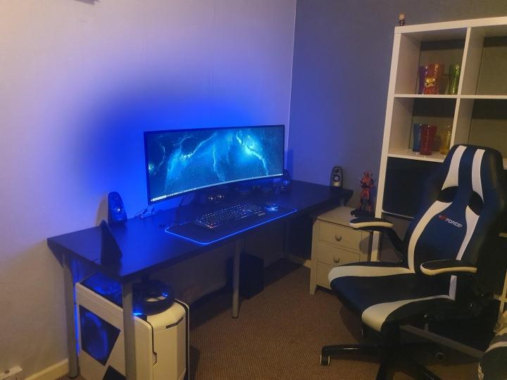 Show_Your_PC_Desk_UltlaWideMonitor_Part56_81.jpg