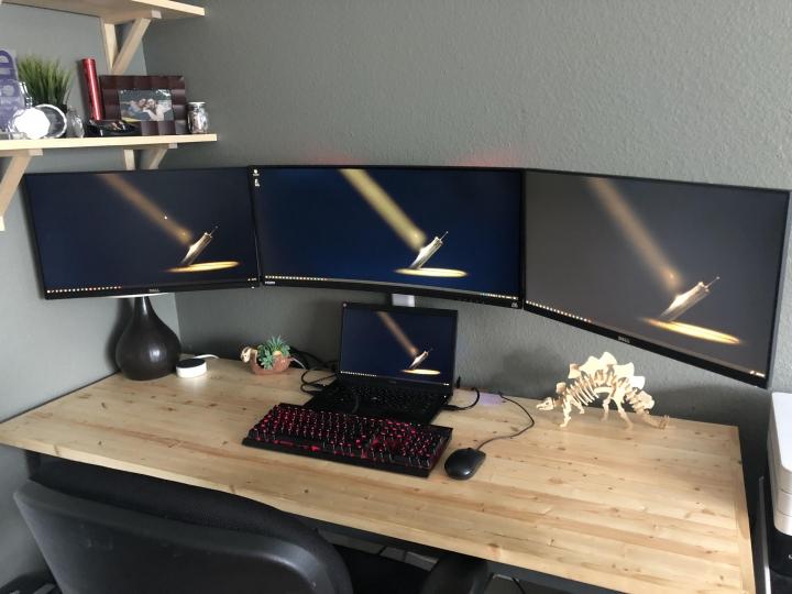 Show_Your_PC_Desk_UltlaWideMonitor_Part56_91.jpg