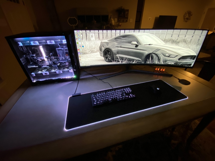 Show_Your_PC_Desk_UltlaWideMonitor_Part56_96.jpg