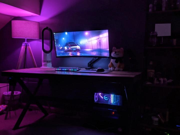Show_Your_PC_Desk_UltlaWideMonitor_Part56_97.jpg