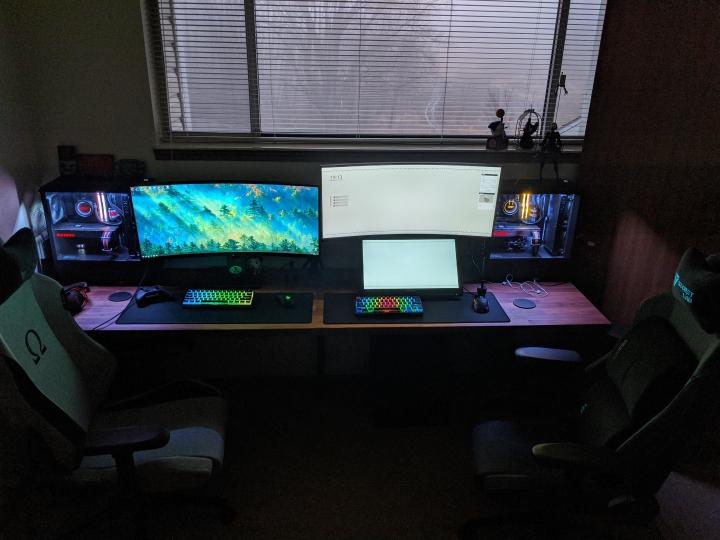 Show_Your_PC_Desk_UltlaWideMonitor_Part57_35.jpg
