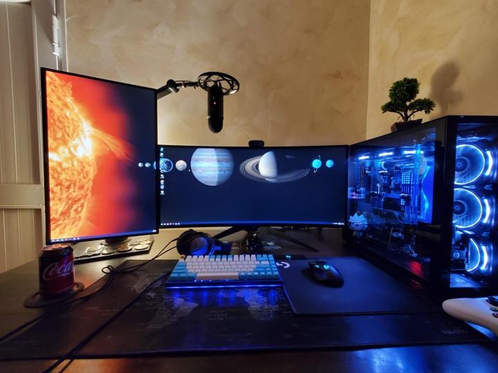 Show_Your_PC_Desk_UltlaWideMonitor_Part57_48.jpg