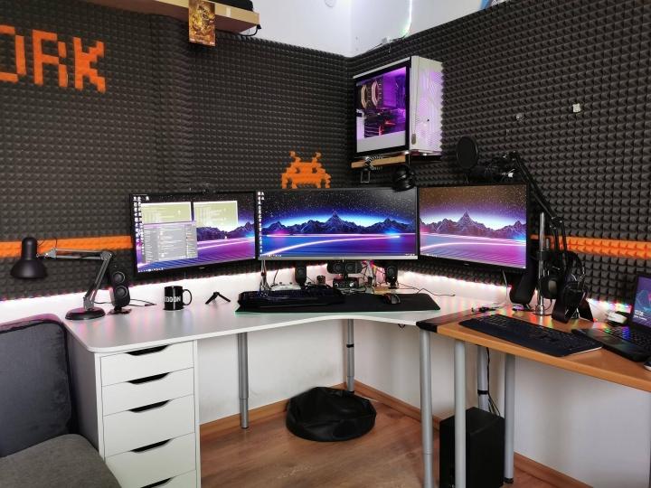 Show_Your_PC_Desk_UltlaWideMonitor_Part57_76.jpg