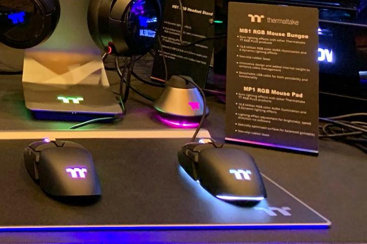 Thermaltake_MB1_RGB_Mouse_Bungee_05.jpg