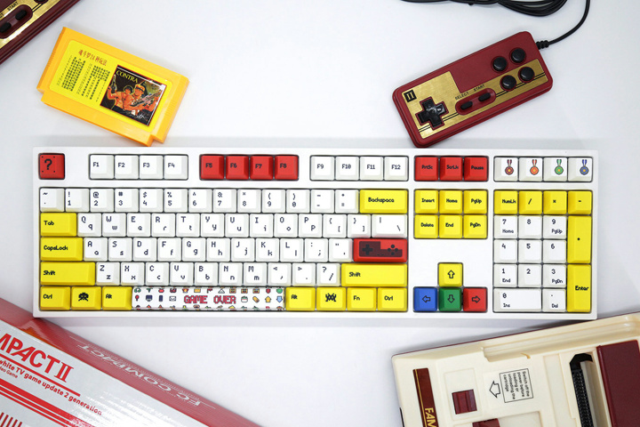 Varmilo_Famicom_Keycaps_01.jpg