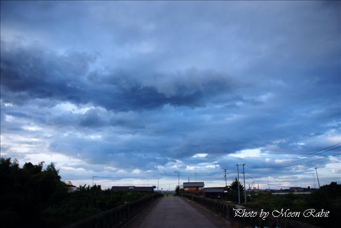 中山川橋と雲 西条市小松町新屋敷