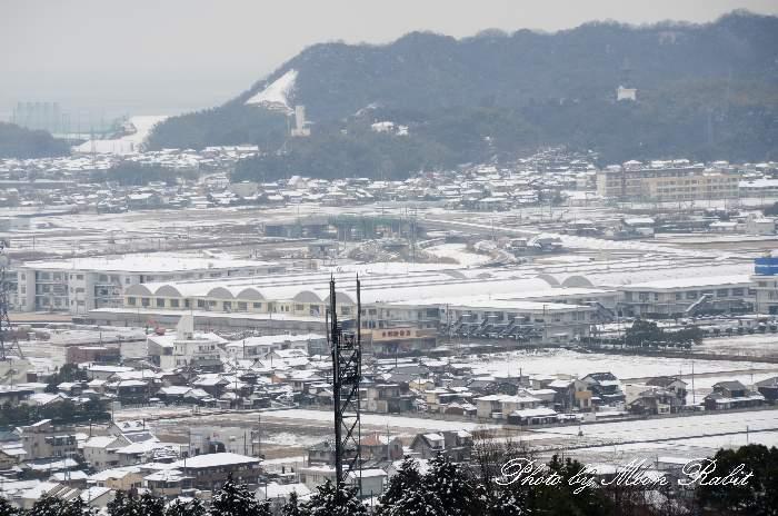 雪の西条市街地 愛媛県西条市福武