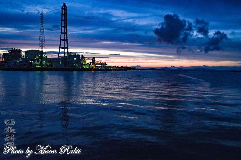 四国電力西条発電所の夕景色