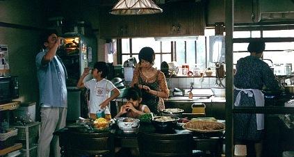 台所のシーン