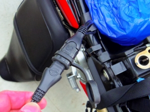 バイク充電器3