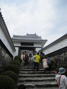 八幡城入口